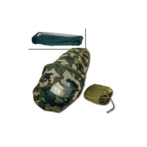 Moustiquaire sur sac de couchage