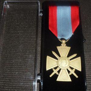 Médaille Ordonnance CROIX DE GUERRE TOE Théâtres d'Opérations Extérieures