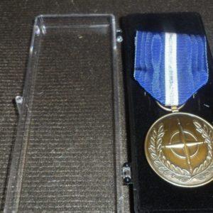 Médaille Medal OTAN / NATO BALKAN NON ARTICLE 5